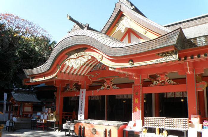 青島神社の本殿